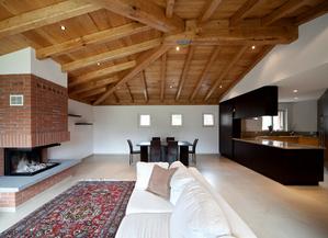 plafond bois tour sur le lambris de plafond en bois. Black Bedroom Furniture Sets. Home Design Ideas