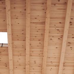 peindre des poutres plafond. Black Bedroom Furniture Sets. Home Design Ideas