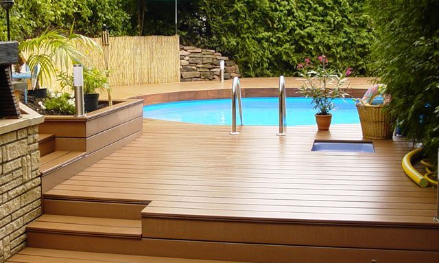 Plage piscine hors sol bois for Piscine design plage
