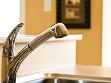 Plomberie : La plomberie sanitaire regroupe tout ce qui est alimentation en eau d'un logement. Infos, conseils