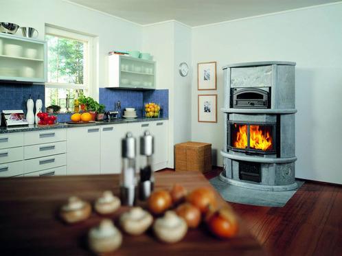 photo decoration po le bois en st atite tulikivi. Black Bedroom Furniture Sets. Home Design Ideas