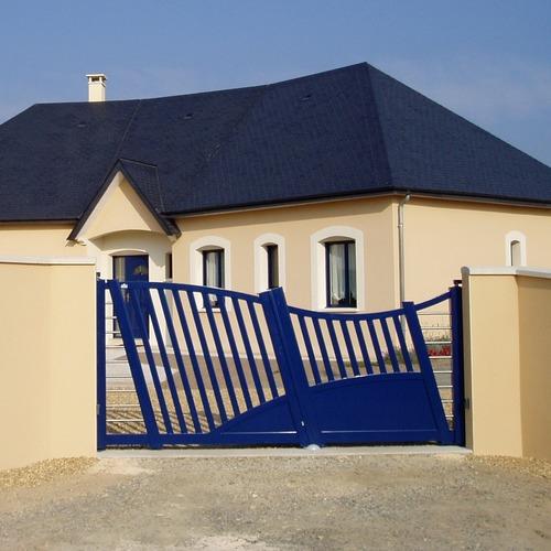 Prix portail les crit res de prix des portails for Maison en acier prix