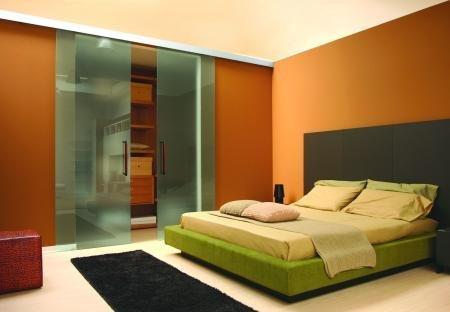 Cuisine porte coulissante meuble sous evier cuisine porte for Miroir horizontal salon