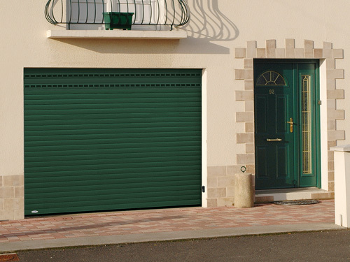 Porte de garage enroulable sur-mesure - Solabaie