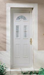 Porte d 39 entr e pvc infos et prix des portes d entr e en pvc for Prix des portes fenetres en pvc