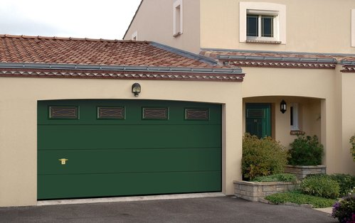 Porte de garage ooreka for Hublot porte garage sectionnelle
