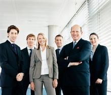 groupe equipe entreprise sourire costume