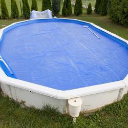 piscine hors sol tout savoir sur les piscines hors sol. Black Bedroom Furniture Sets. Home Design Ideas