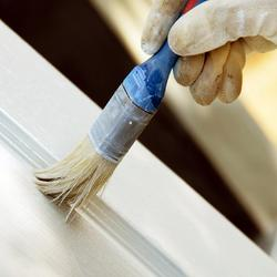 Comment faire une lasure effet vieilli avec de la peinture - Peindre un meuble en melamine ...