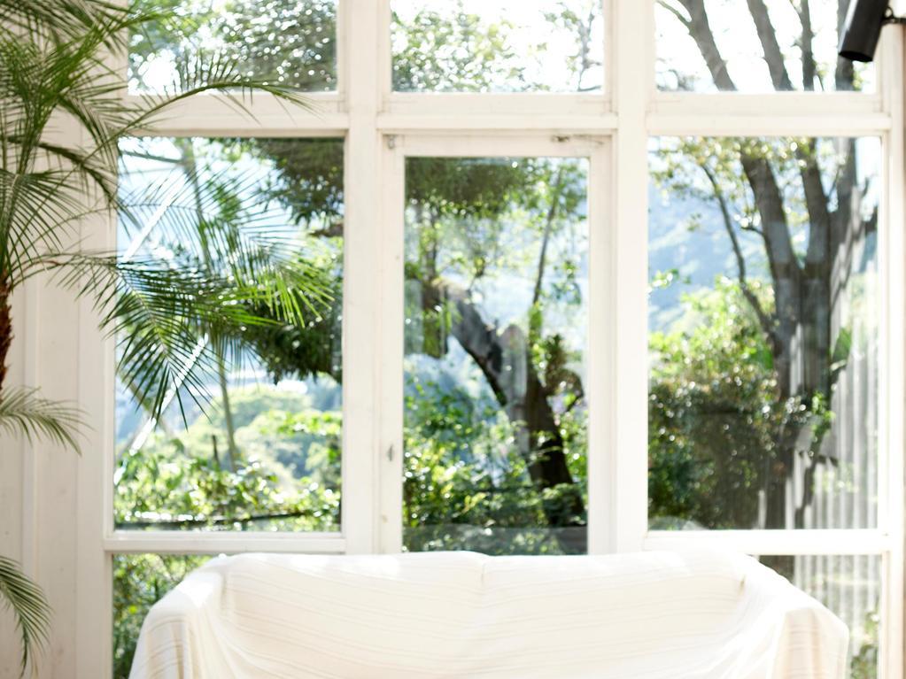 quelles fen tres choisir pour une v randa sur mesure. Black Bedroom Furniture Sets. Home Design Ideas