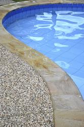 Traitement de l eau de piscine l oxyg ne actif ooreka for Traitement piscine a l oxygene actif