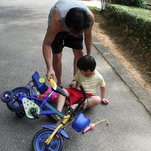 Comment apprendre à faire du vélo à un enfant ?