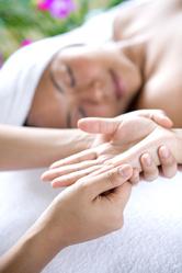 Massage mains femme