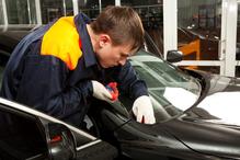 Mecanicien garage reparation pare brise
