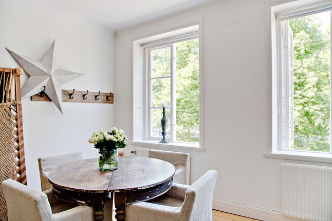agrandir une pi ce avec de la peinture conseils d co ooreka. Black Bedroom Furniture Sets. Home Design Ideas