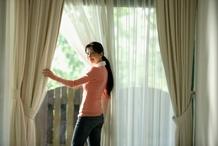 double rideaux info et prix les doubles rideaux. Black Bedroom Furniture Sets. Home Design Ideas