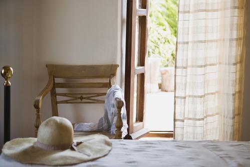 Le choix du rideau détermine le caractère de votre espace de vie. Osez, testez et adoptez-le pour une décoration réussie