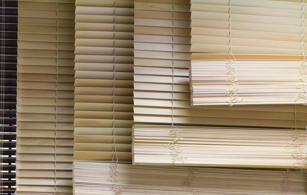 Rideau bambou caract ristiques et prix des rideaux en bambou for Store en bambou exterieur