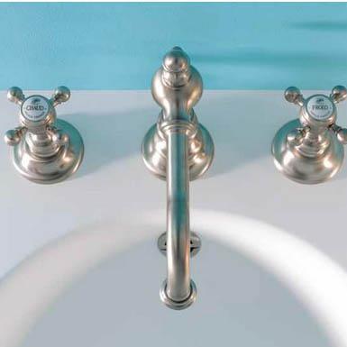 Salle De Bain Vintage Indispensables Ooreka - Robinetterie salle de bain retro
