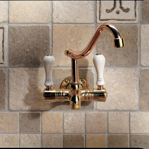 Robinetterie infos et conseils sur la pose de robinet for Robinet de cuisine mural