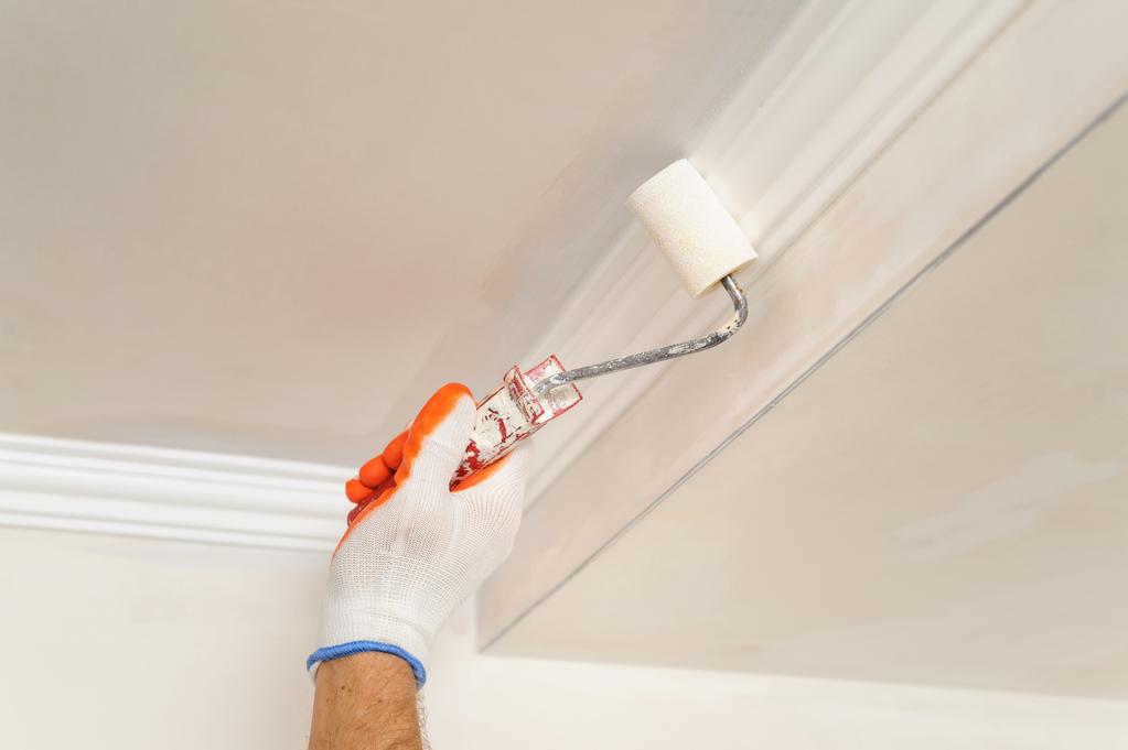 Astuce peinture plafond 28 images peindre couloir en for Peinture pour plafond sale