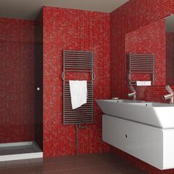 Salle de bain le sujet d crypt la loupe - Habillage mur salle de bain ...