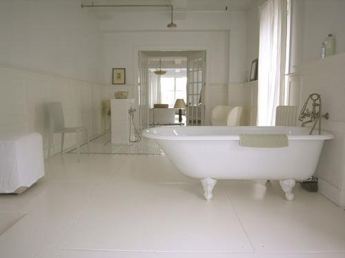 Salle de bain accessoires et meubles de salle de bain carrelage salle de bain - Salle de bain avec parquet ...