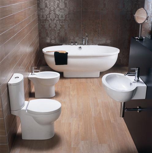 Salle de bain accessoires et meubles de salle de bain for Parquet en bambou salle de bain