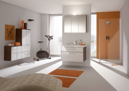 photo guide de la salle de bain salle de bain classique moderne en tons oranges. Black Bedroom Furniture Sets. Home Design Ideas