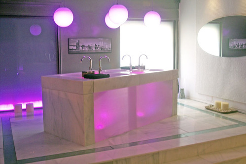 Salle de bain accessoires et meubles de salle de bain - Lumiere salle de bain ...