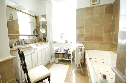 Salle de bain accessoires et meubles de salle de bain carrelage - Image ceramique salle bain ...