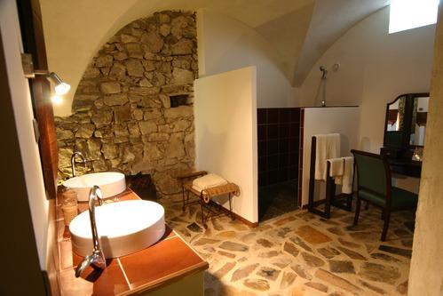 Salle de bain accessoires et meubles de salle de bain - Salle de bain bois pierre ...
