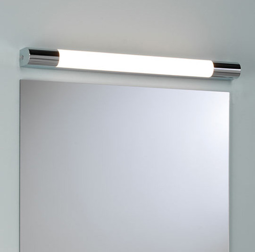 photo guide de la salle de bain tube fluorescent