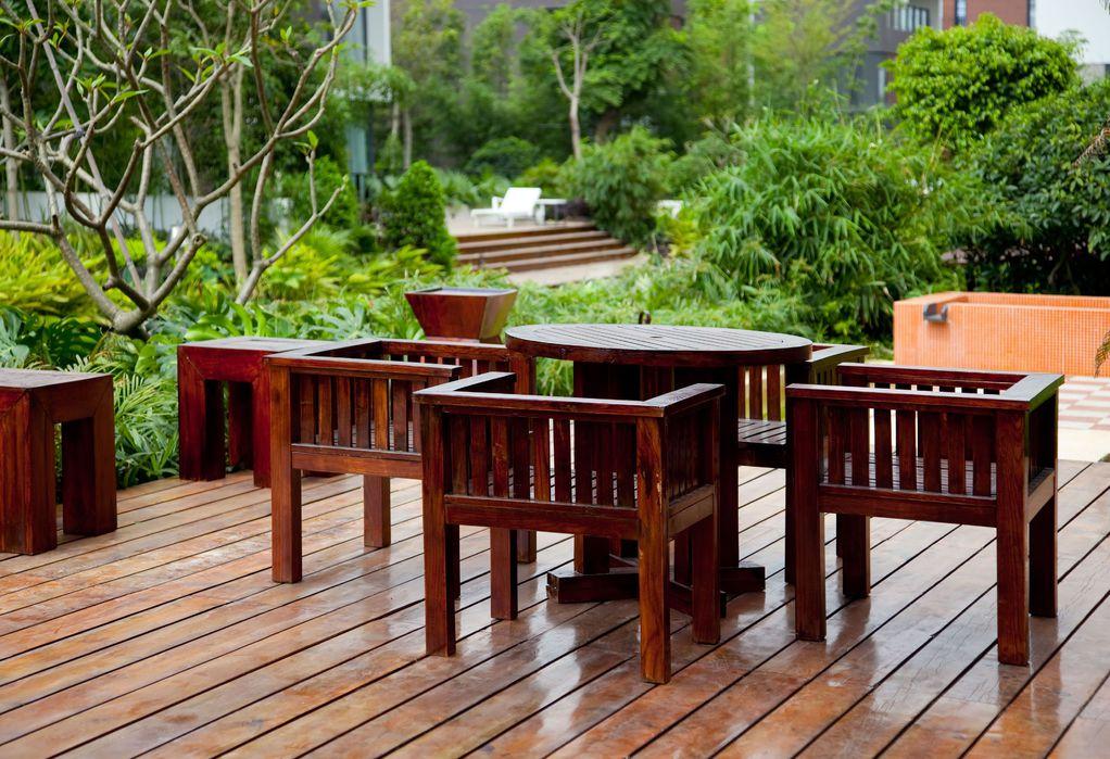 Salon de jardin sur terrasse en bois - Abri de jardin et ...