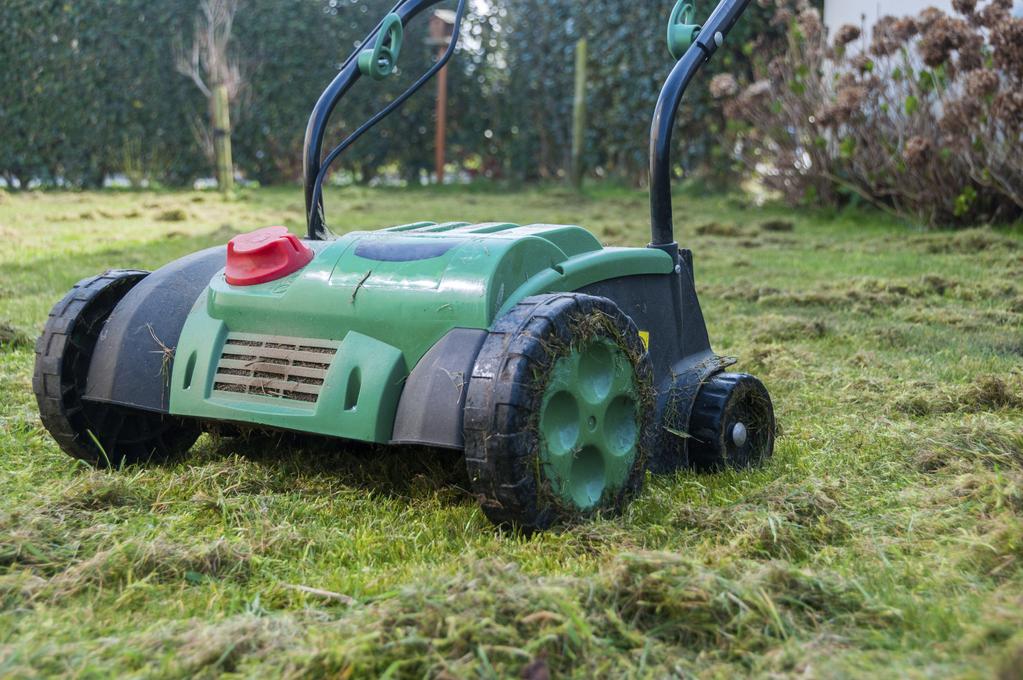 Scarificateur thermique achat ou location ooreka Scarificateur pelouse manuel