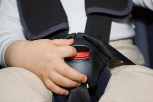 Comment choisir un siège auto adapté à votre voiture et à votre enfant ?