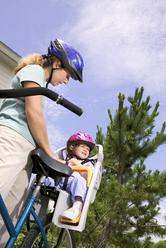 Porte Bebe Vélo Les Critères De Choix Pour Un Portebébé De Vélo - Vélo porte bébé