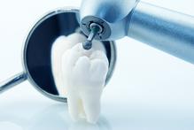 Dent et matériel dentiste