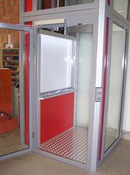 Ascenseur particulier avec sol anti-dérapant