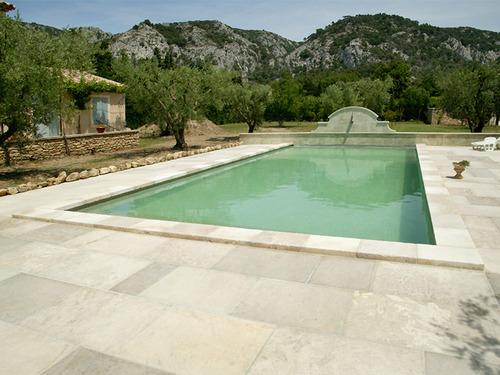 Sol granit infos conseils et prix du sol en granit for Piscine en granit