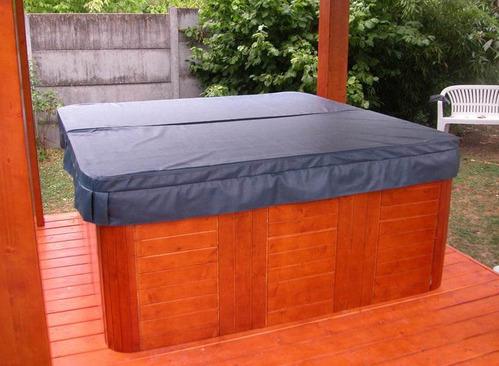 Couvercle spa infos et conseils sur les spas for Spa exterieur couvert