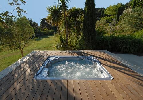 spa exterieur infos et conseils sur l installation de votre spa. Black Bedroom Furniture Sets. Home Design Ideas