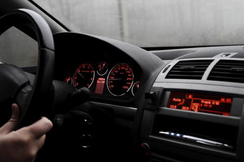 Panne de voiture comment r gler une panne de voiture - Comment detecter une panne electrique ...