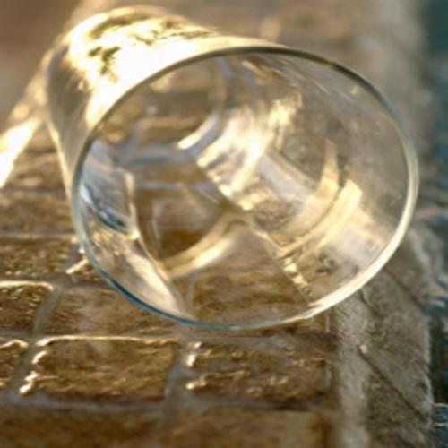 Nettoyer une tache sur de la pierre