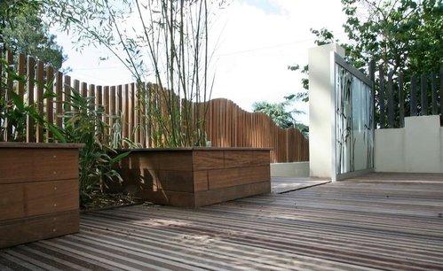 cloture terrasse infos et conseils sur la cl ture de. Black Bedroom Furniture Sets. Home Design Ideas