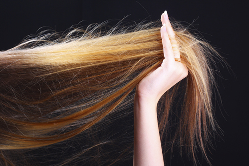 Cheveux secs abimés