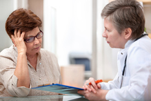 Patiente et medecin entretien