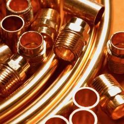Outillage pour la plomberie en cuivre