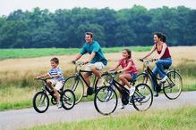 Famille campagne velo route