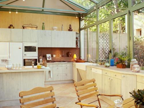 veranda cuisine infos prix et conseils sur la v randa. Black Bedroom Furniture Sets. Home Design Ideas